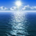 Почему море синее ?