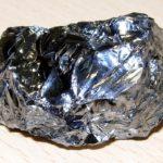 Является ли кремний металлом ?