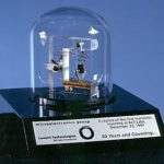Каково Назначение транзистора ?