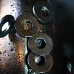 В чем разница между постоянным и временным магнитом ?