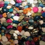 В чем разница между камнями и минералами ?