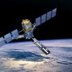 Сколько спутников вращается вокруг Земли ?