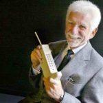 Когда был изобретен первый сотовый телефон?