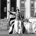 Почему Энн Хатчинсон является важной исторической фигурой?