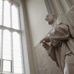 Что сэр Исаак Ньютон изобрел?