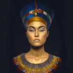 Почему Клеопатра вышла замуж за своего брата?
