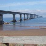 Интересные факты о мосте Конфедерации?