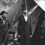 Почему Авраам Линкольн носил высокую шляпу?